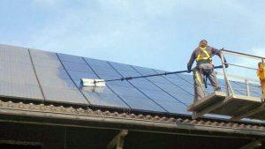 js-solar-zellen-reinigen